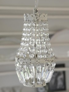 Chic Crystals lampa white